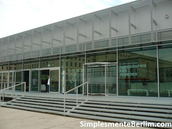 Exposição Topografia do Terror em Berlim - Centro de Documentação