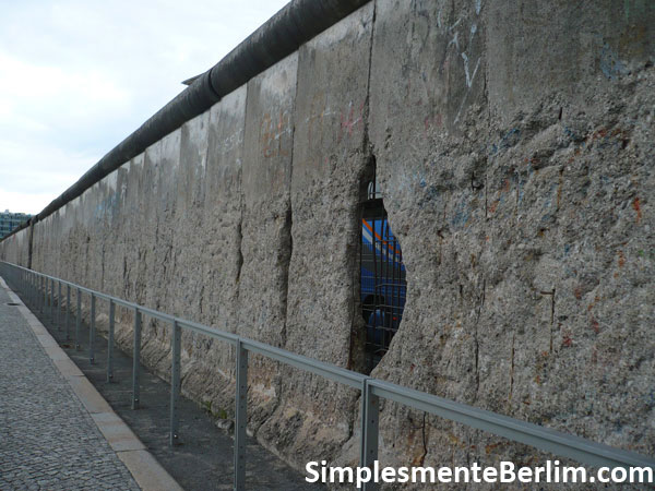 Exposição Topografia do Terror em Berlim - Trecho do muro de Berlim