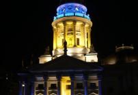 Gendarmenmarkt com iluminação especial durante o Festival of Lights