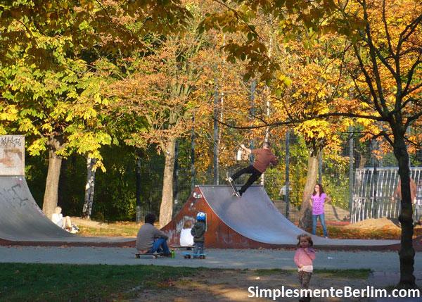 Rampa Skate no parque Friedrichshain
