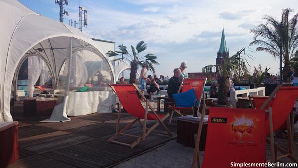 Deck 5 - muito bom para relaxar e curtir o verão berlinense