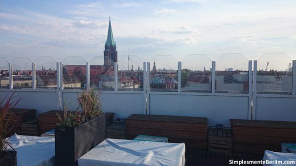 A vista que o Deck 5 oferece - ao fundo a Torre de TV