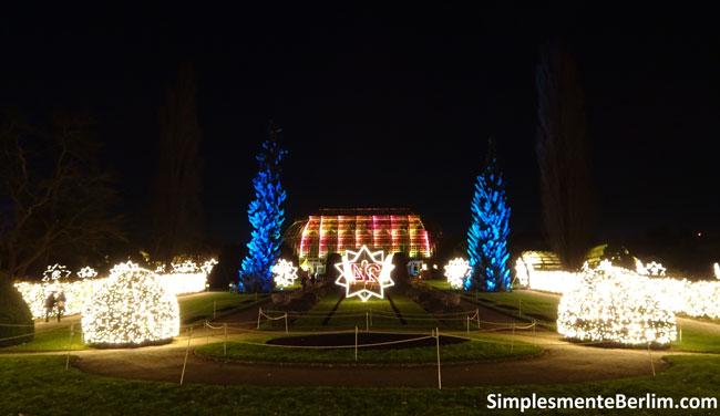 ChristmasGardenBerlimJardimBotanico_VistaEstufa