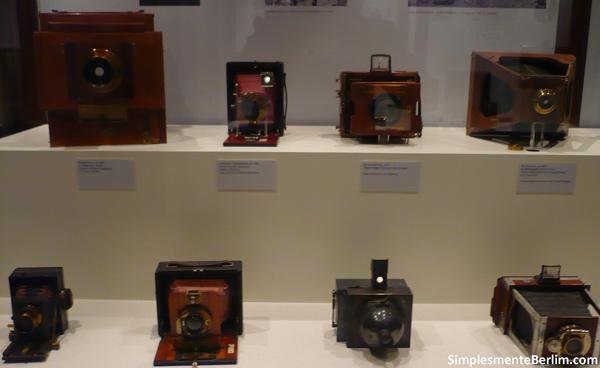 Máquinas fotográficas antigas - Museu Alemão de Tecnologia de Berlim