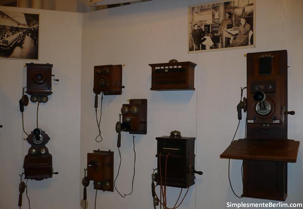 Telefones - Museu Alemão de Tecnologia de Berlim