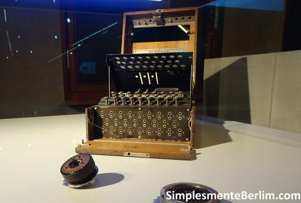 MuseuDaEspionagem_Enigma